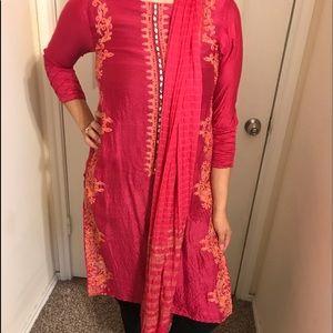 Pink salwar Kameez top and dupatta